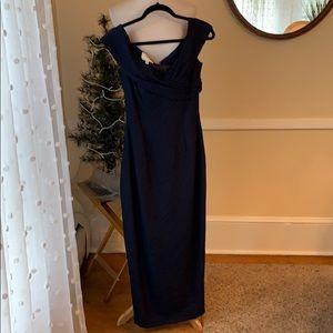 Vera Wang Size 4 Deep Navy Formal Dress/gown EUC